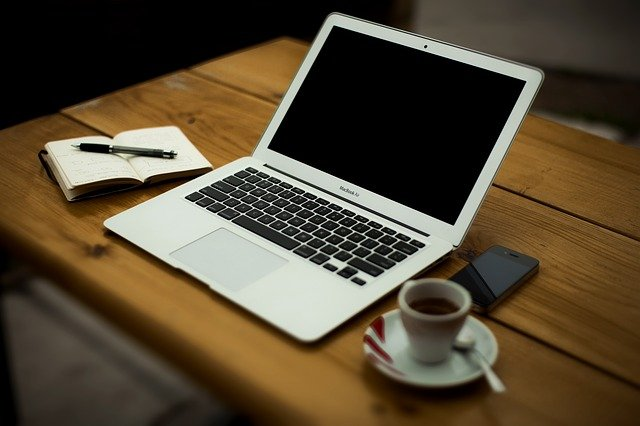 intretinere laptop